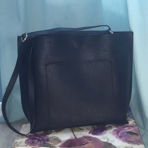 Handbags - Black Tote Bag